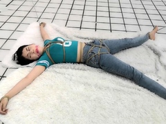 asian-japanese-amateur-has-deep-throat